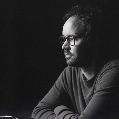 "Andrew Marlin (Mandolin Orange) Gets Honest On ""Bewitching"" (INDY) New Album Fable & Fire"