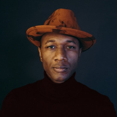 "Aloe Blacc Shares New Track ""Other Side"" From Deluxe Album"