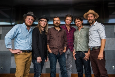 "Steep Canyon Rangers, Boyz II Men, And The Asheville Symphony Join Forces For Official ""Be Still Moses"" Video Following Live Debut In Nashville"