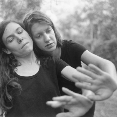 Avant-Garde Folk Duo Anna and Elizabeth join Smithsonian Folkways